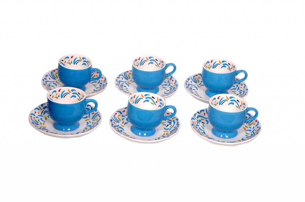 floral ceramic tea cups and saucers