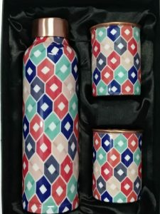 geometrial pattern copper bottle