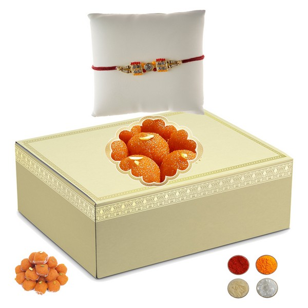 Rakhi with 500g Motichoor Laddu