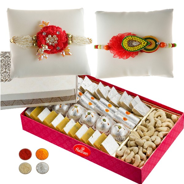 Handcrafted Rakhi with Sweets