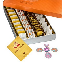 500g Mixed Diwali Sweets with 1 Diwali Card and 5 Decorated Diyas