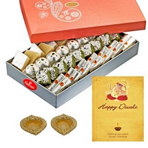 750g Kaju Mix with 1 Card and 2 Diyas for Diwali