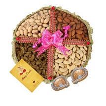 800g Dry Fruits Tokni with 1 Card and 2 Diyas for Diwali