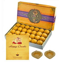 Besan Laddu 450g with Diwali Card and 2 Decorated Diyas