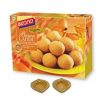 900g Bikano Besan Laddu with 2 Diwali Diyas