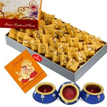 1 Kg Haldiram's Desi Ghee Patisha with 1 Diwali Card and 3 Matki Diyas