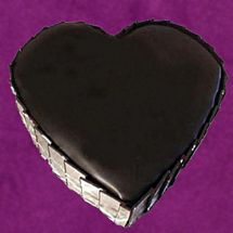 Eggless Heart shape Cake 1 Kg