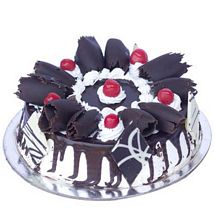 Black Forest Gateau Half kg Eggless